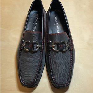 Pliner shoes in grey carbon fiber w red stitching